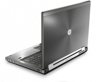 HP 8760w Core i7 2820QM 2.3 GHz  / 4 GB / 320 GB / DVD-RW / 17'' / Win 7 + Quadro 3000M